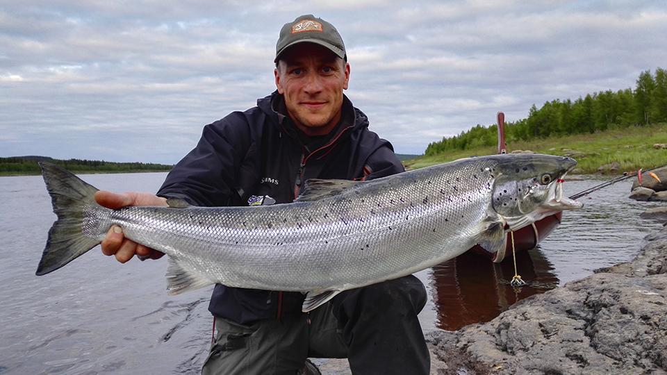 Kimmo Puosi, kalastusopas.